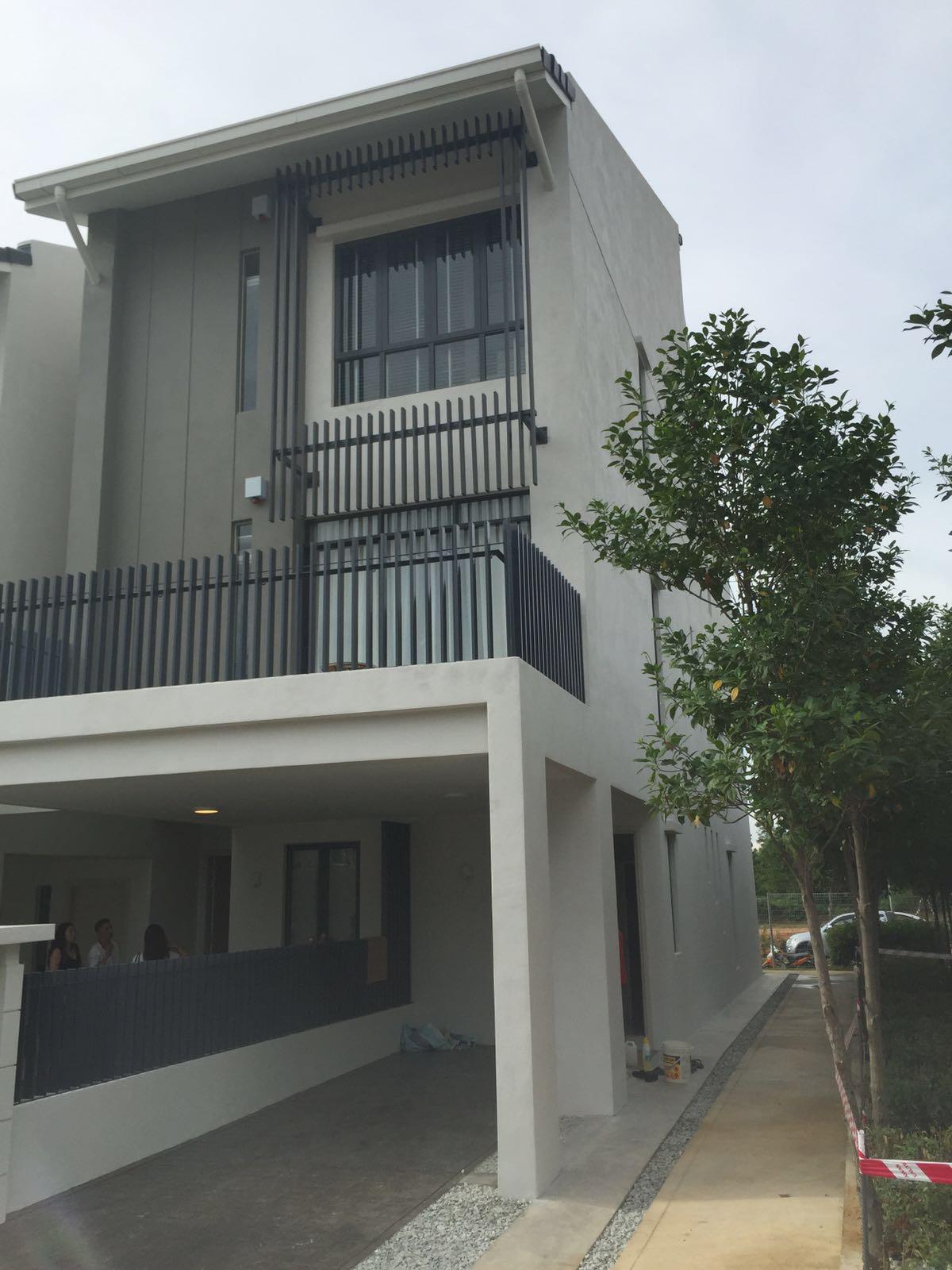 Crescent-Park-Townvilla-Bandar Bukit Mahkota-Townhouse